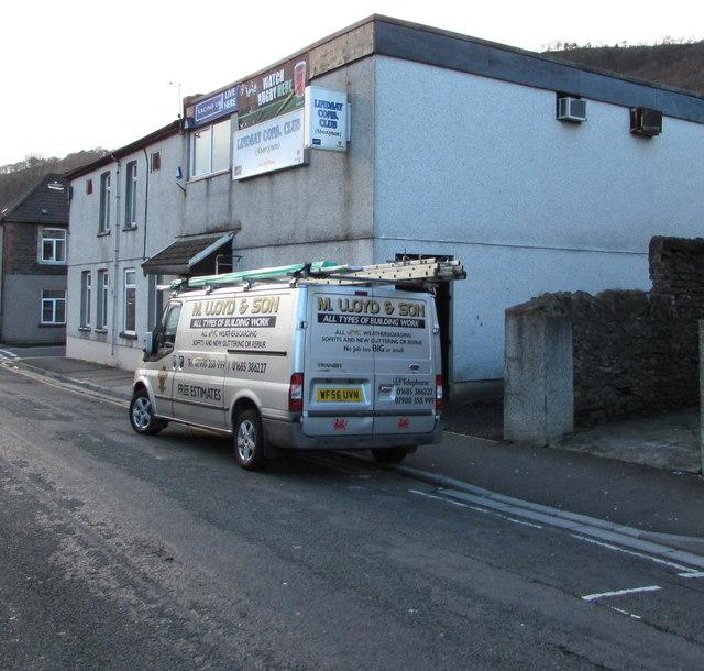 In Abercynon Rhondda Cynon Taf: Silver Van In Station Road, Abercynon © Jaggery Cc-by-sa/2
