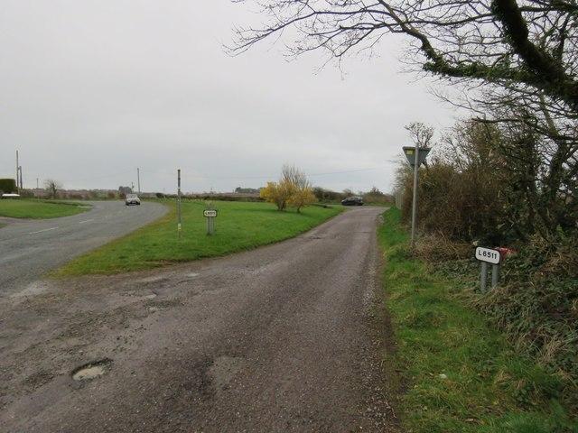 Road junction near Myrtleville