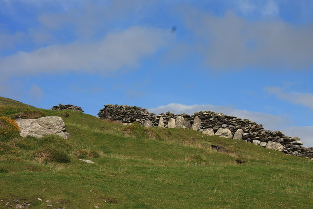 Ancient wall on the south slope of Killelan Mountain
