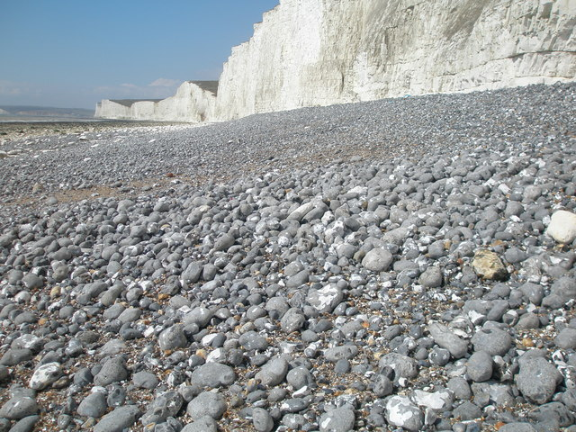 Roughly sorted beach material near Birling Gap