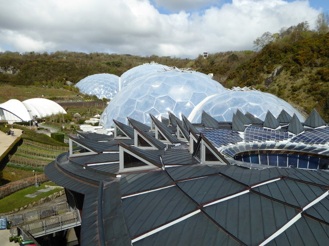 View over the roof of the Core to the domes of the Eden Project