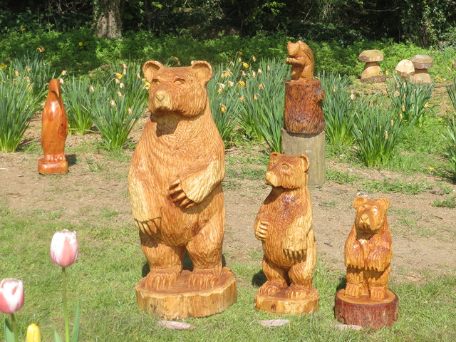 The Three Bears came to Tring for the May Bank Holiday