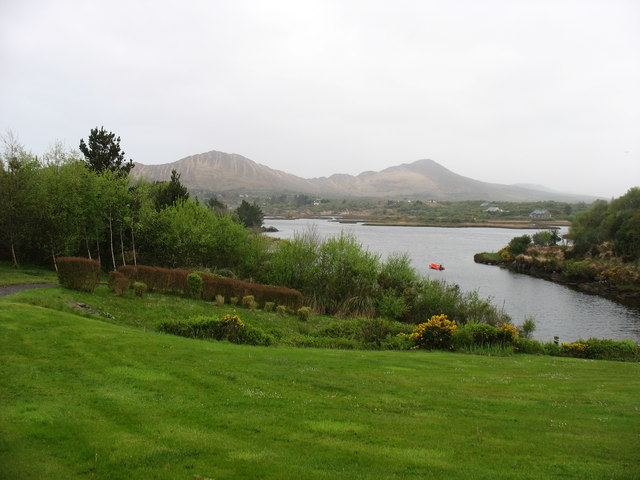 Sneem River estuary at Goldens Cove