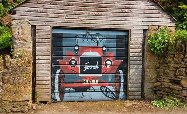 West Chinnock: Imaginative painting on a garage door