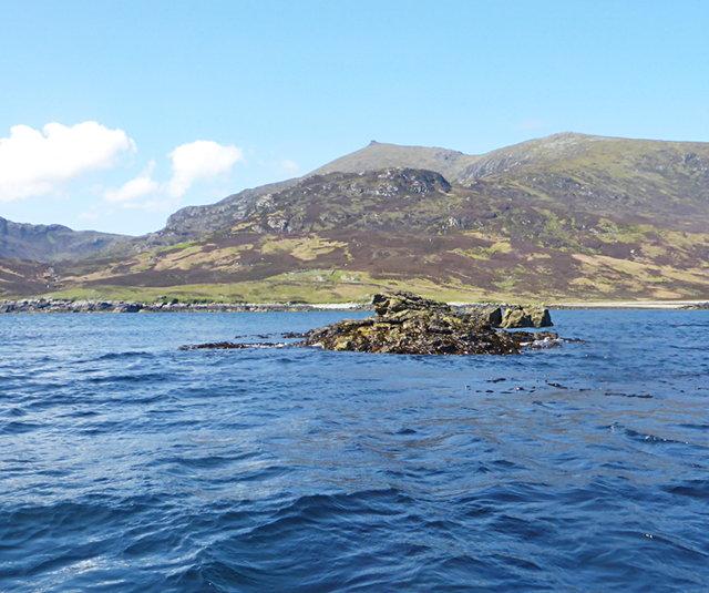 Tidal rocks in Bàgh Uisinis