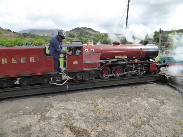 'River Mite' on the turntable at Dalegarth Station