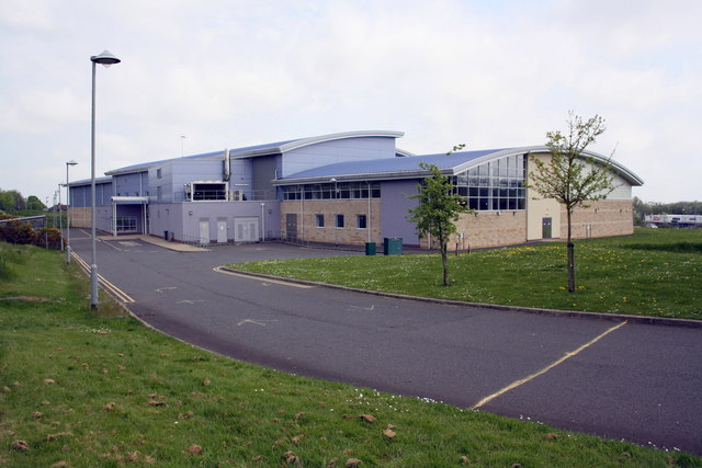 The Back Of The Library And Leisure Roger Templeman Geograph Britain And Ireland