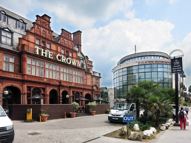 Clayton Crown Hotel Cricklewood London
