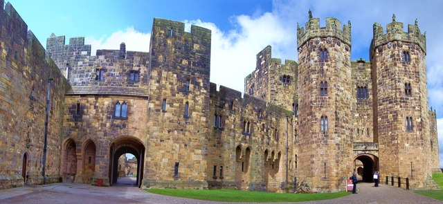 Alnwick Castle, Keep Entrance