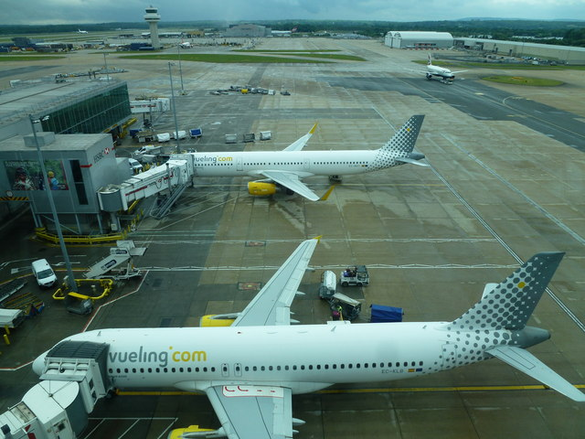 Gatwick Airport North Terminal Postcode >> A view from the Skybridge at Gatwick... © Richard Humphrey cc-by-sa/2.0 :: Geograph Britain and ...