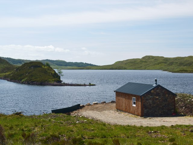 New boathouse on Loch Gainmheach