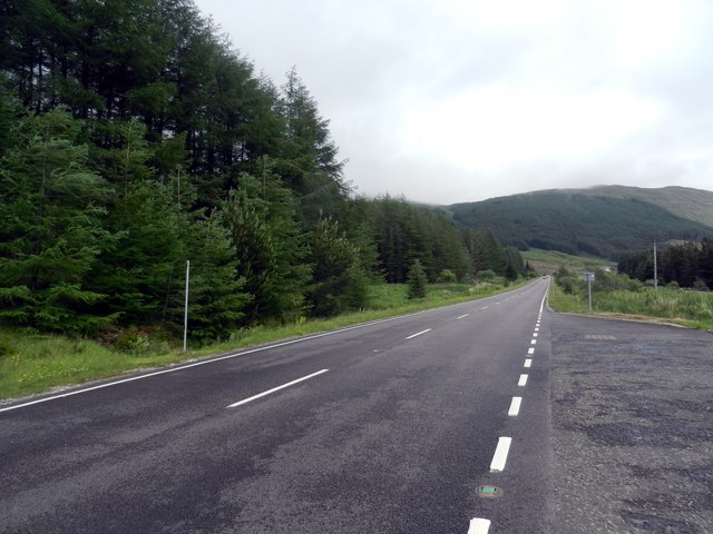 Looking in an easterly direction along the A85