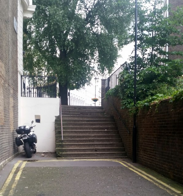 Steps at the end of Elms Mews