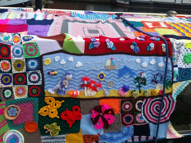 Knitted narrowboat detail