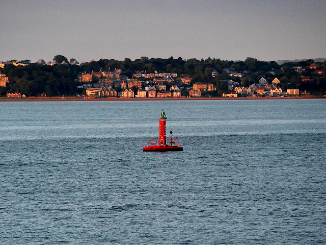 Calshot Spit Light Float