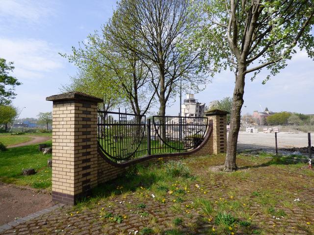 Entrance To Portland Rose Gardens : Entrance to citizens rose garden thomas nugent