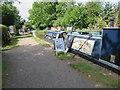 SP5365 : Gongoozler's Rest, Narrowboat Café at Braunston by Oast House Archive