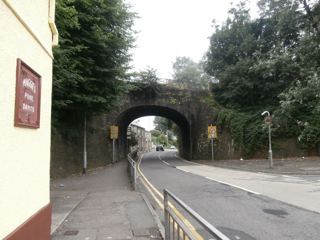 Railway bridge over Llangyfelach Rd, Swansea