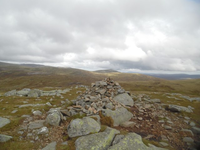 Tolmount summit