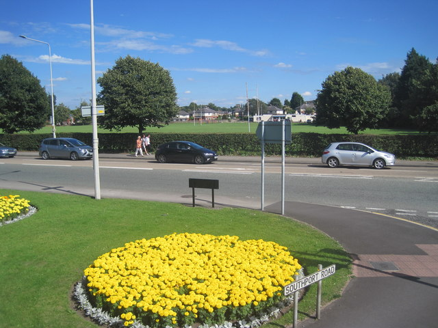 Floral display, Southport Rd