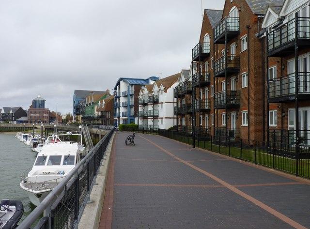 Apartments Near Riverside Community College