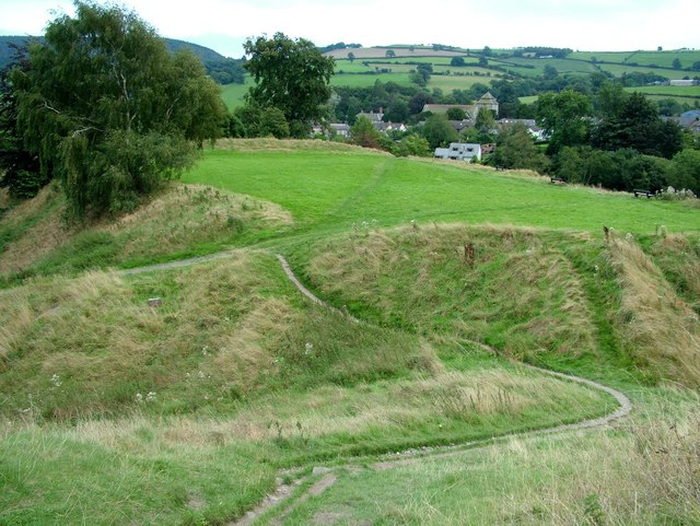 Clun Castle access path