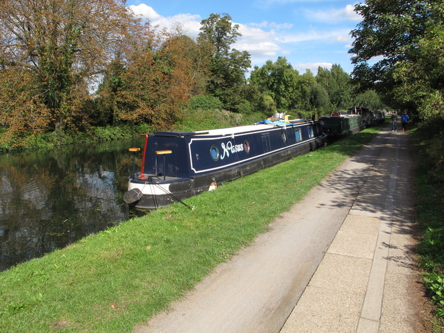 Nasus,  narrowboat on Paddington Arm, Grand Union Canal