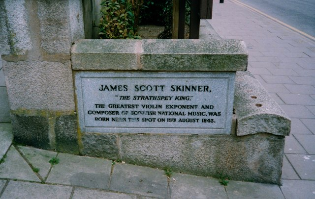 James Scott Skinner memorial plaque, Banchory