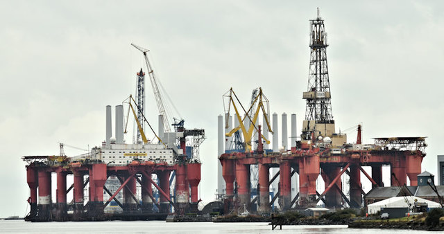 """""""Borgholm Dolphin"""" and """"Borgny Dolphin"""", Harland & Wolff, Belfast (October 2016)"""