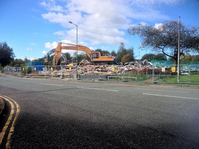 Demolition Of Former Swimming Pool And David Dixon Cc By Sa 2 0 Geograph Britain And Ireland