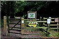SU9196 : Entrance to Penn Wood at Beaumond End by Robert Eva