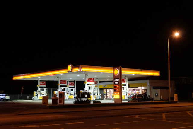 Shell garage north anderson drive mike pennington cc by sa 2 0 geograph britain and - Find nearest shell garage ...