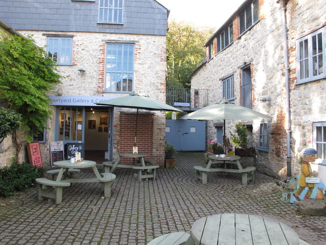 Courtyard cafe, Lyme Regis town mill