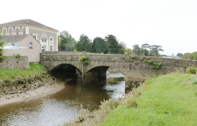 The bridge over the River Gwendraeth, Kidwelly