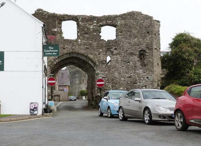The Gatehouse, part of the medieval town wall, Kidwelly