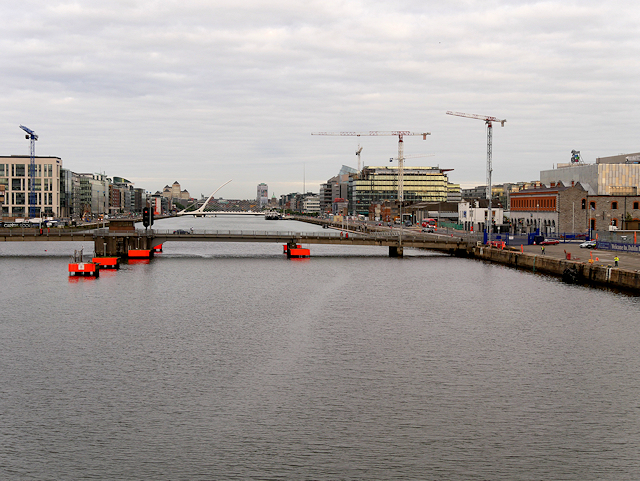 Port of Dublin, River Liffey and East Link Bridge