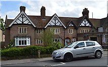 TQ5446 : Fleur De Lis Cottages by N Chadwick