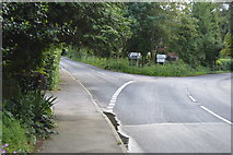 TQ5346 : Road junction, B2027 by N Chadwick