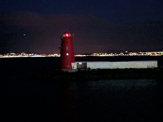Dublin Harbour, Poolbeg Lighthouse