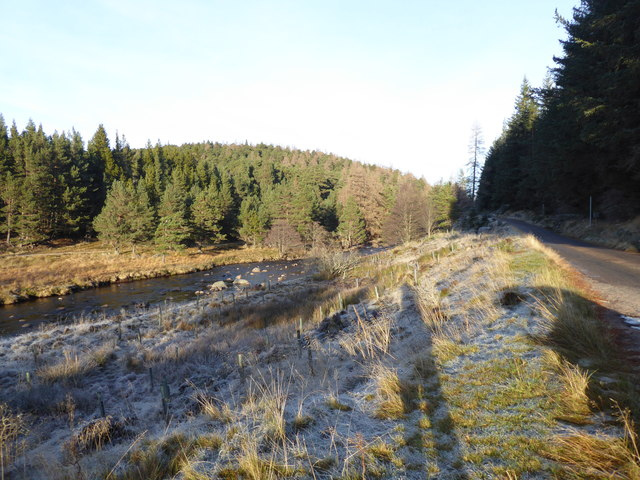 Looking downstream towards the Linn of Muick