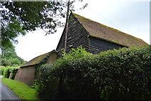 TQ5346 : Barn, Cinder Hill Farm by N Chadwick