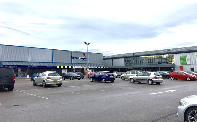 Fenton Ravenside Retail Park 169 Jonathan Hutchins Cc By Sa