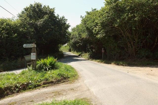 Junction near Gwel-An-Nans Farm