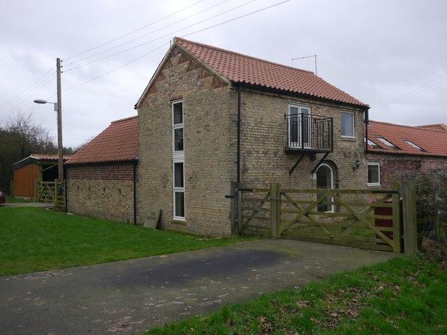 New Barnetby, The Barns