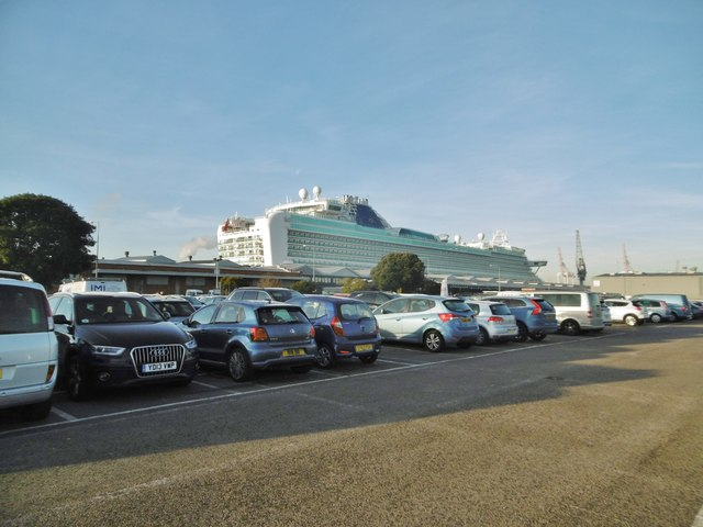 Southampton docks car park mike faherty geograph Southampton motor cars