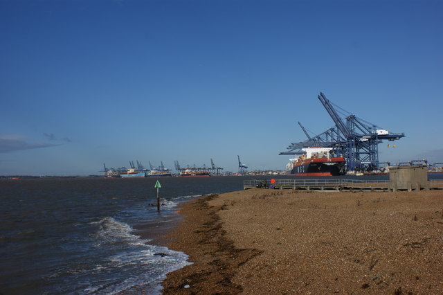 Redundant jetty, Landguard Point