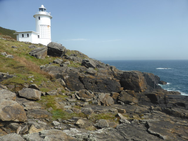 Rocks near Tater Du lighthouse