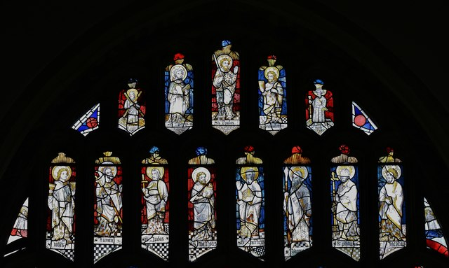 Westham, St. Mary's Church: The top part of the east window