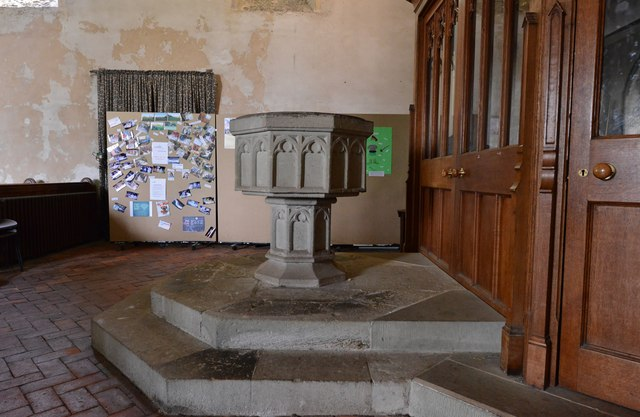 Westham, St. Mary's Church: The font