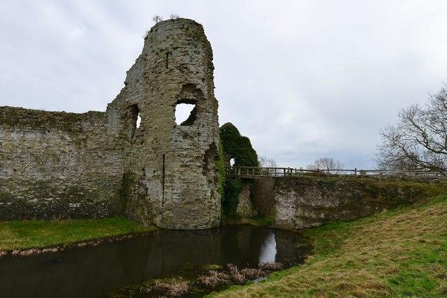 Pevensey Castle Gatehouse